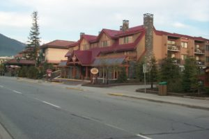 Banff-Prtarmigan Inn